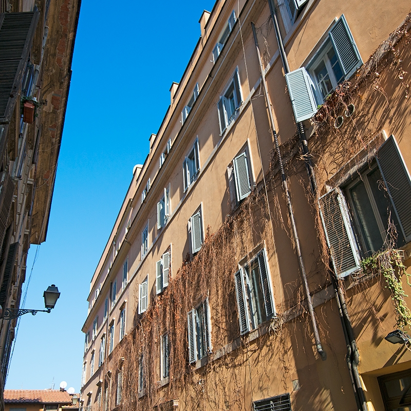 """Roma nel cuore di Trastevere bilocale signorile in palazzetto del """"600"""